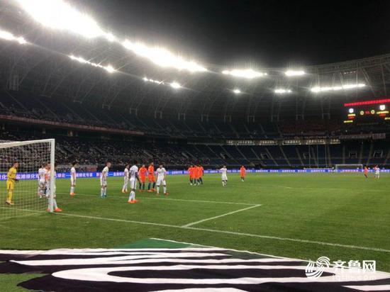 上赛季鲁能曾主客场双杀对手泰达,在两队历史交锋中,鲁能也占据绝对优势。