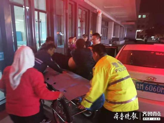 滨州一市民突发脑出血 开发区交警五分钟护送到医院