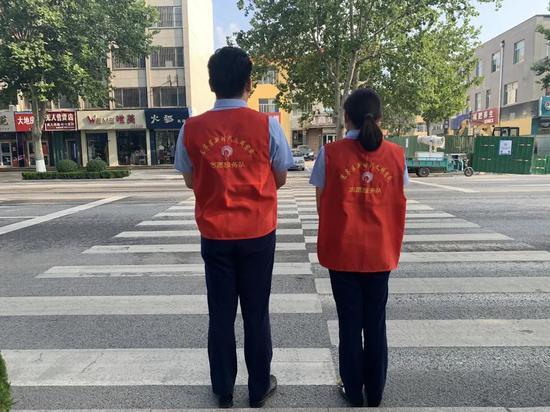 【志愿服务】中房潍坊置业集团城市斑马线文明交通志愿服务活动,助力社会文明!