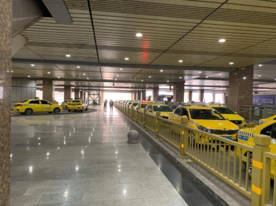 出租车拒载不打表 《问政山东》后 枣庄乱象是否还在