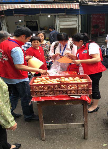 银联在全省部分地市菜市场的地推活动