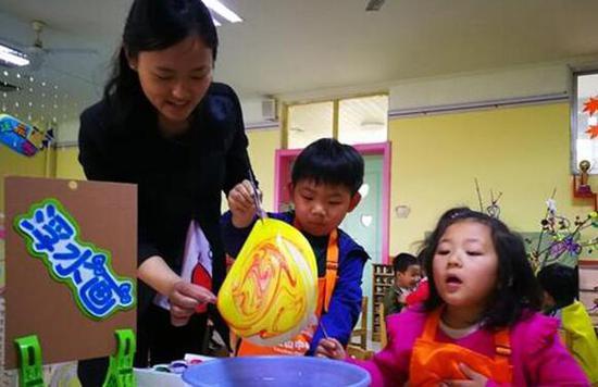 全日制公办幼儿园1名老师最多看