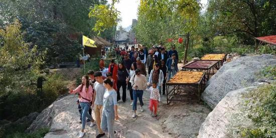短短4年过去,上九古村累计完成投资6.2亿元,发生了天翻地覆的变化。