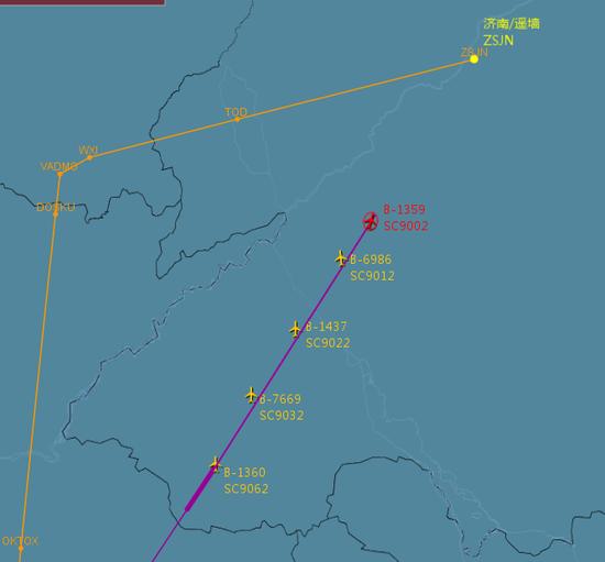 山航调动5架包机接回576名山东援助黄冈医疗队员