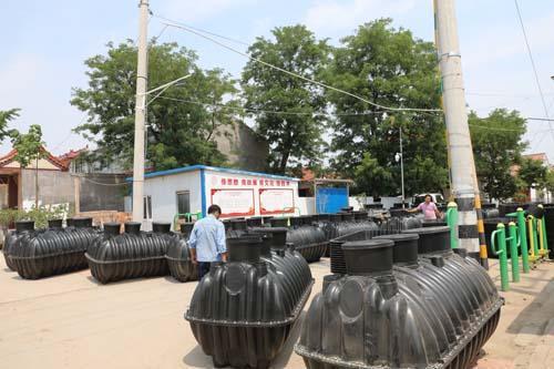 寿光农村旱厕改造现场。
