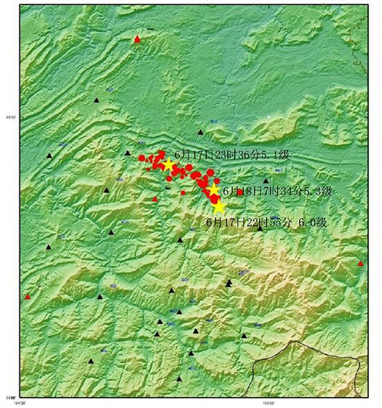 2019年6月17日四川长宁6.0级地震序列分布图(其中三角为观测台站、圆和五角星为地震)