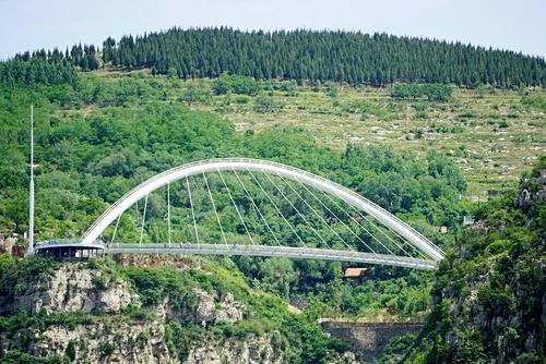 潭溪山高空玻璃桥