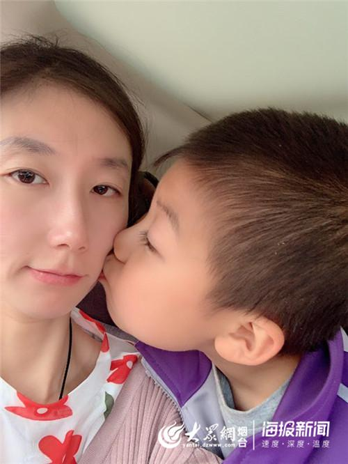 尹高淅和妈妈