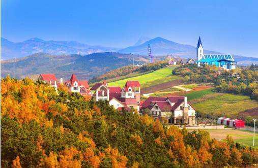 新增的4A级景区有藏马山景区、青岛玫瑰小镇。