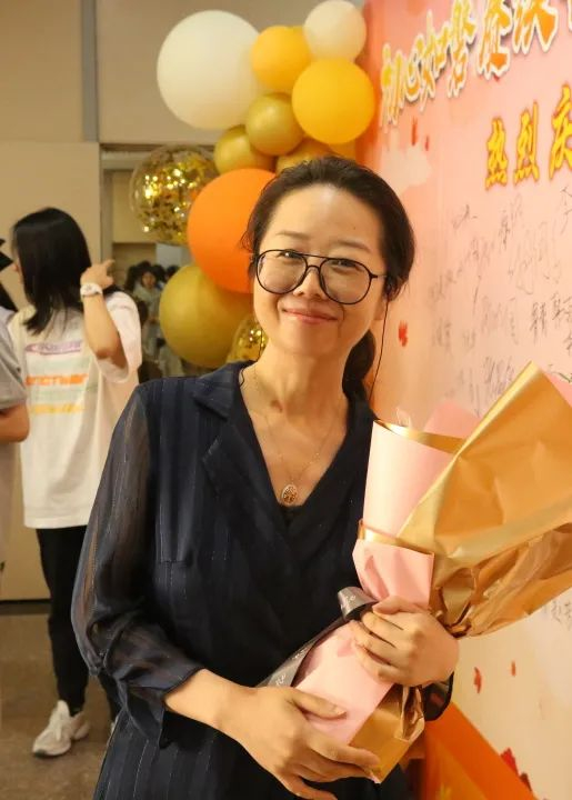 感谢有你!青岛二中举行庆祝第三十七个教师节暨表彰大会