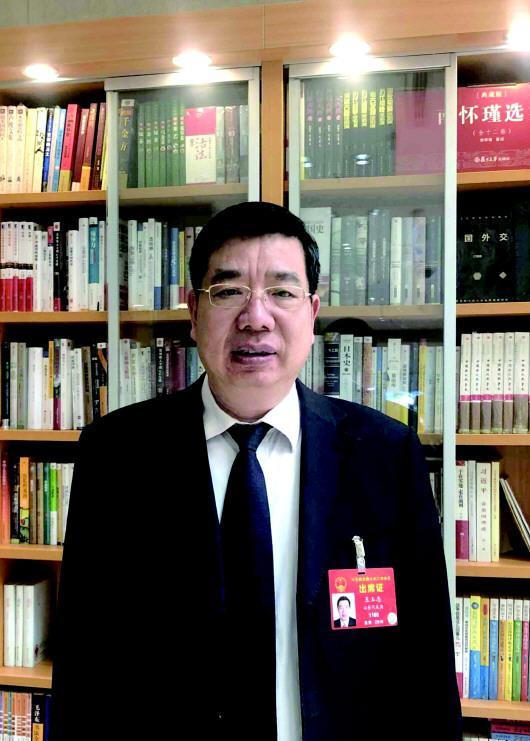 全国人大代表、山东省住建厅厅长王玉志 齐鲁晚报·齐鲁壹点特派记者张阿凤摄