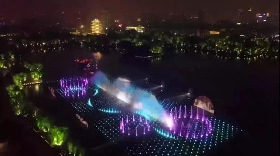 惊艳泉城明湖秀让观众大呼过瘾,可是很多人都苦于抢不到票。