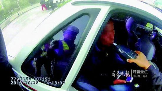 一名酒司机被逮。高新交警供图