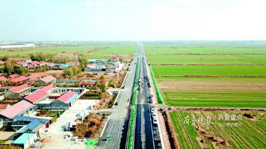 国道340与省道240连接线正在建设中。齐鲁晚报·齐鲁壹点记者刘飞跃摄