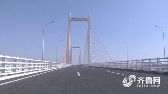 附:大桥自启动申报到建成通车的十年重要时间节点:
