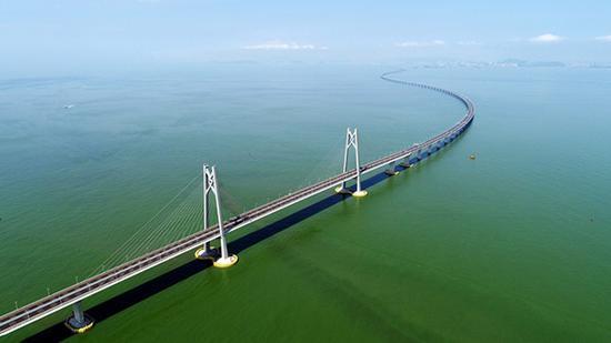2018年7月11日无人机拍摄的港珠澳大桥。新华社记者 梁旭 摄