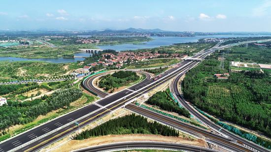 八车道 滨莱高速公路通车 滨州至莱芜只需1个半小时