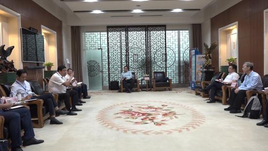 高新区领导赴济南会见清华海峡研究院客人