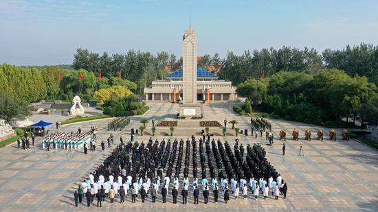 德州举行烈士纪念日公祭活动 李猛杨洪涛参加