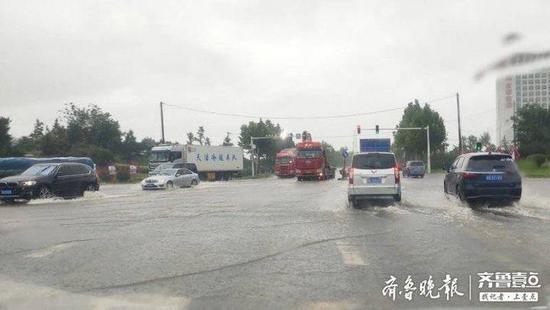 临沂31个小时降水20.78亿方 部分地区积水严重