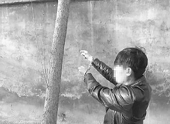 犯罪嫌疑人讲述如何翻墙入室盗窃。警方供图