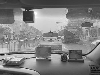 现状:出租车安上摄像头说啥话都被记录