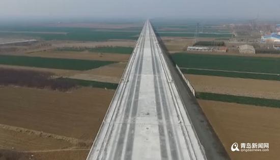 潍莱高铁开通后,平度乘高铁到潍坊只需约17分钟,到济南只需约50分钟。