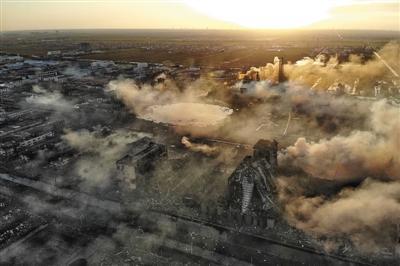 3月22日清晨,江苏响水天嘉宜化工有限公司爆炸现场。