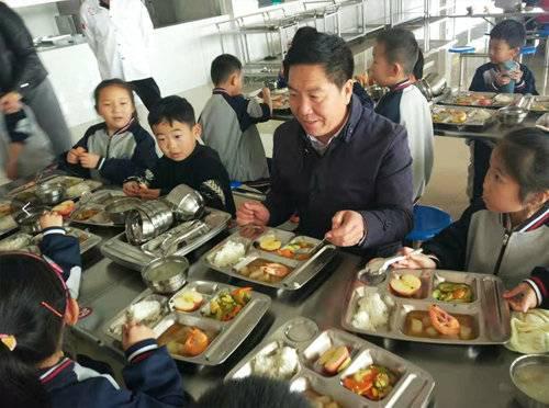 """潍城区四个""""百分百""""助力食安校园建设"""