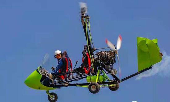 德州80后小伙自造飞机 最高能飞5000米!圆了儿时梦
