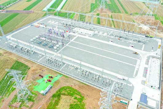 7月4日,青岛神山500千伏变电站一次送电成功,顺利建成投运。