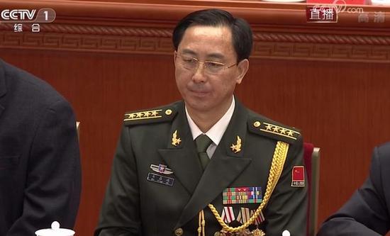 保卫改革开放和平环境的战斗英雄 韦昌进