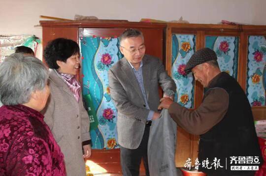 聊城市民政局党代表 开展帮扶贫困户的活动