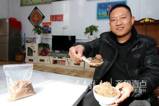 经历创业波折的山村小伙看中了家乡美食