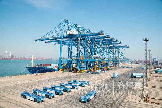 青岛港的自动化码头