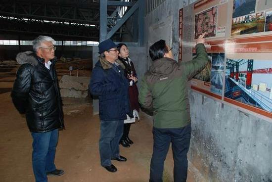 实地察看了大韩村东周墓地的现场保护、安全防范等详细情况