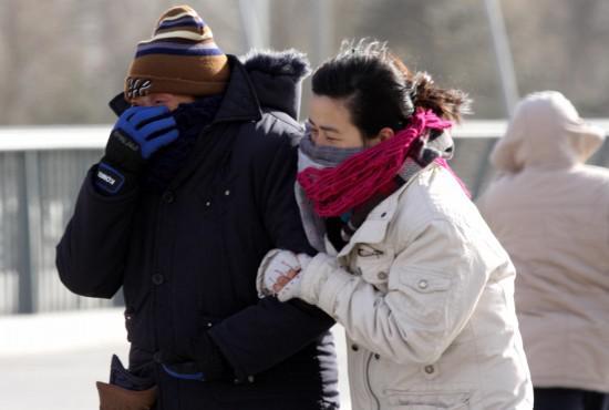 春运刚开始,冷空气也来了,回家的人一定注意保暖啊!