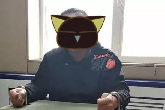 刘光,男,54岁,烟台芝罘人