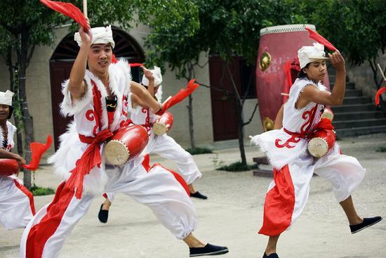 陕北秧歌-十一假期去哪玩 济南最全黄金周出游指南来啦