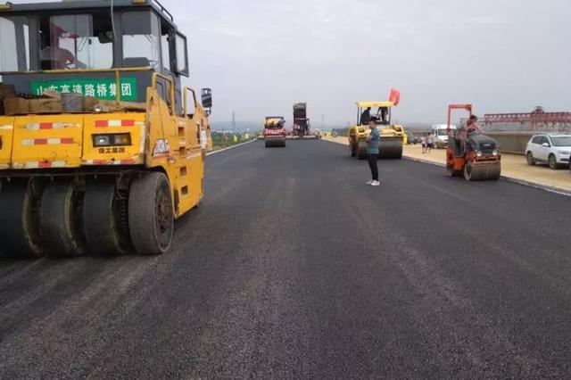 龙青高速力争9月底全线通车 潍烟高铁地质定测完成