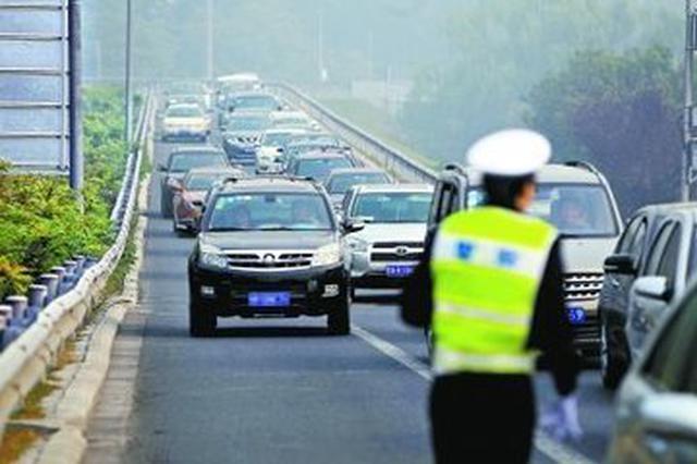 脱审车上路被精准拦截 济南4704名违法大户已被布控