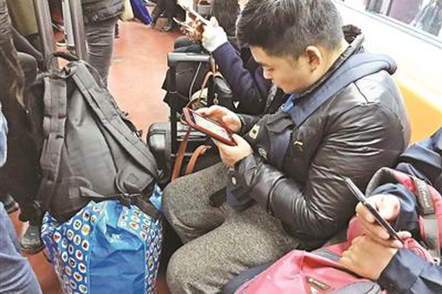 北京地铁半年制止6796起逃票行为 补票款42万余元