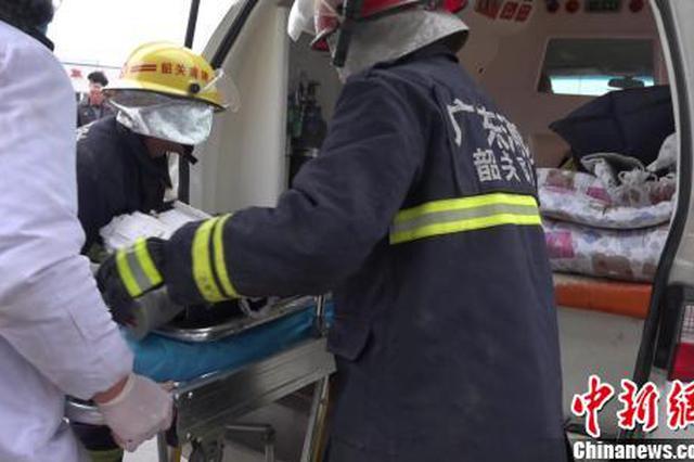 韶赣高速梅关隧道内两辆大型货车相撞 致两人伤