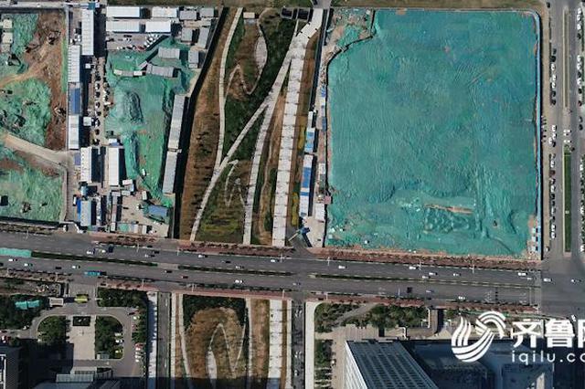 济南国际金融城生机盎然 绸缎公园景观绿化完工