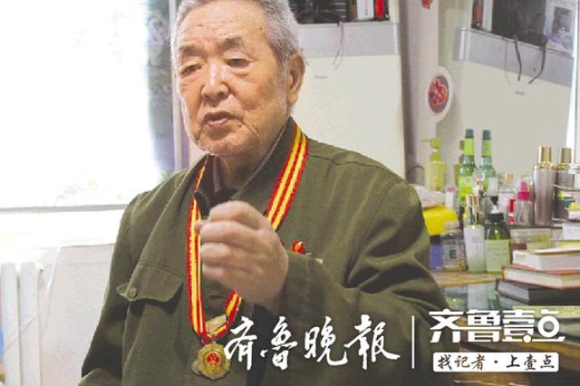 84岁老兵讲济南战役经历 吃顿肉包子 就知道有仗要打