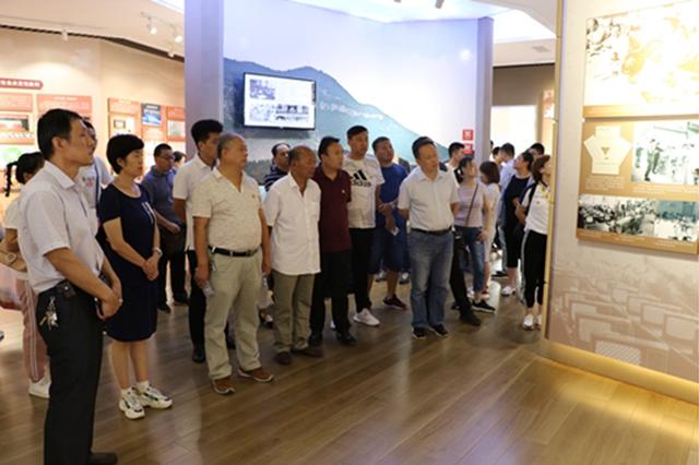 不忘初心 牢记使命 济南党支部8月主题党日活动举行