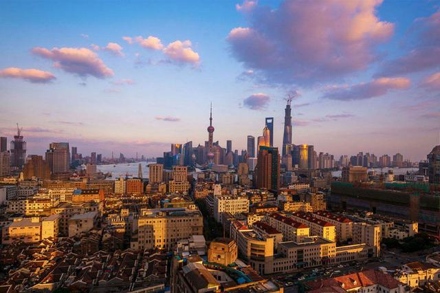 山東常住人口城鎮化率由7.3%提高至去年的61.18%