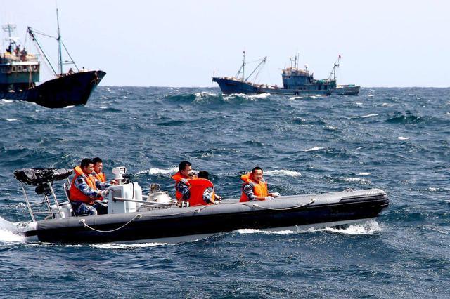 青岛两名渔民驾船出海失踪 船只及个人物品已找到