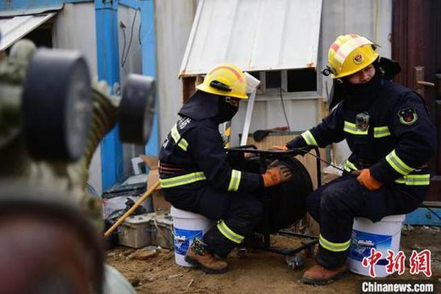 栖霞井下10名矿工身体状况 心理状况 生存环境良好