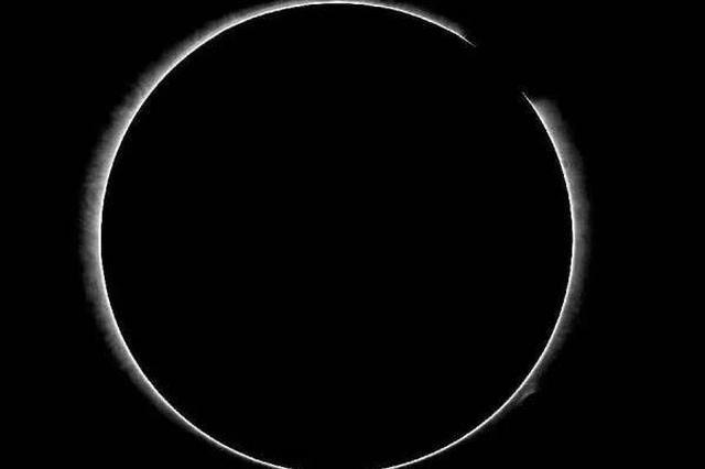 山東(dong)大(da)學團隊ying)斡yu)研制(zhi)日冕儀 首次(ci)觀測到白光日冕像